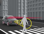 Kokkupõrke ennetussüsteem koos jalakäijate tuvastamise funktsiooniga