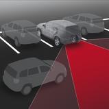 Tagant ristsuunas läheneva sõiduki hoiatus (RCTA)